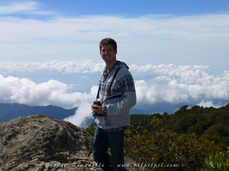 Nous quittons le Lodge et nous nous rendons au Col de la Mort!!! (Cerro de la Muerte) Dit de même, ça fait peur hein?! C'est à 3500m!!!