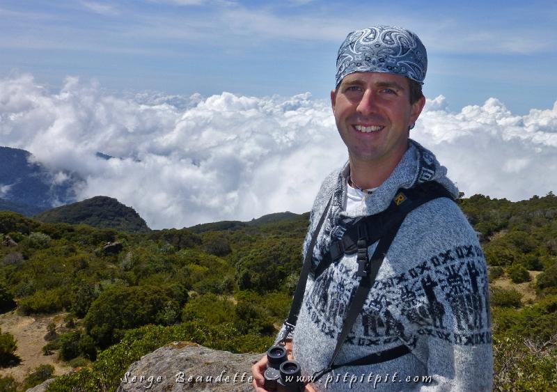 """Nous avons quitté le Lodge paradisiaque pour aller plus loin vers le """"ciel"""", au """"Col de la Mort"""" (Cerro de la Muerte), à 11,500 pieds (3500m) d'altitude!!! La tête carrément dans les nuages... au-dessus des nuages!"""
