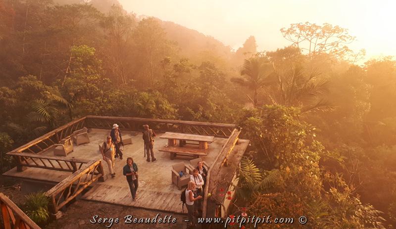 Nous sommes maintenant rendus à LA journée du séjour à Santa Marta! Ce matin, nous nous levons extrêmement tôt, pour nous rendre dans les hauteurs.