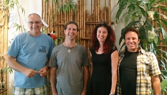 Serge entouré de l'équipe d'Explorateur Voyages! De gauche à droite: Jocelyn Bellefeuille, Serge Beaudette, Chantal Roy, Philippe Birer
